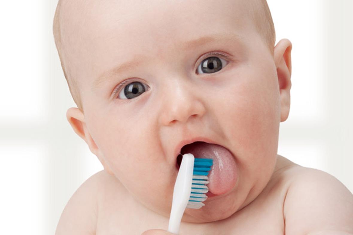 Bebeğim Çocuğum İçin Hangi Diş Macunu