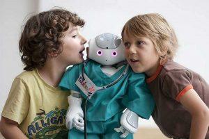 Robotlar Artık Hayatımızda Evimizde